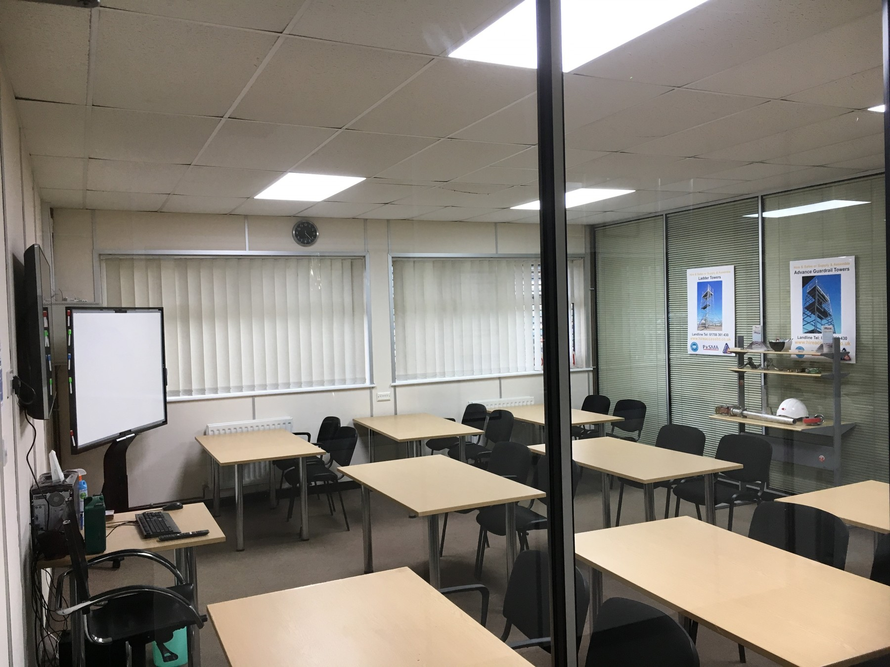TRAINING ROOM HIRE - LARGE ROOM banner